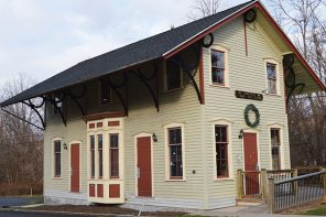 Whistle Stop Tours – Railroad Depots