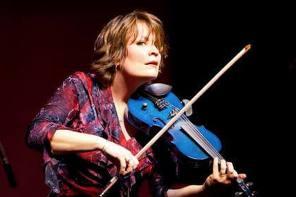 Riverdance Fiddler Coming to Geneva's Smith Opera House