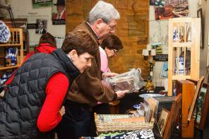 Antique Show for Savvy Shoppers