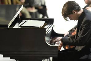 Nicholas Hyrnyk Playing in Auburn